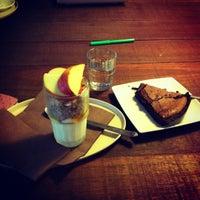 รูปภาพถ่ายที่ OR Coffee Bar โดย Valentine V. เมื่อ 10/4/2012