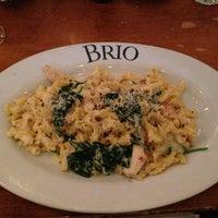 Foto tomada en Brio Tuscan Grille por Shake N B. el 3/26/2013