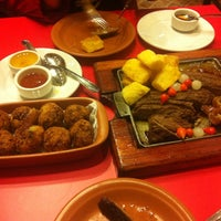 รูปภาพถ่ายที่ Barnabé Restaurante e Cachaçaria โดย Fábio P. เมื่อ 7/27/2013