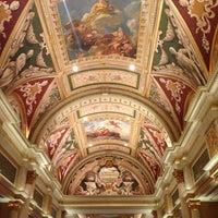 Foto scattata a Venetian Resort & Casino da Andrea F. il 5/17/2013
