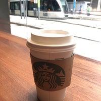 รูปภาพถ่ายที่ Starbucks โดย João K. เมื่อ 8/4/2018