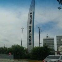รูปภาพถ่ายที่ Shopping Recife โดย Sabrina B. เมื่อ 10/21/2012