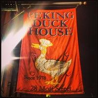 Photo prise au Peking Duck House par Chloe le3/27/2013