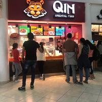 Foto tomada en Qin Oriental Food por Galileo O. el 10/6/2018
