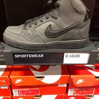 Nike Factory Store 11 tips from 3597 visitors