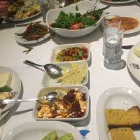 12/27/2014 tarihinde Osman Y.ziyaretçi tarafından Moshonis Balıkçısı İsmail Chef'de çekilen fotoğraf
