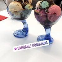 Foto tomada en Vardarlı Dondurma & Cafe por Ebru A. el 9/30/2018
