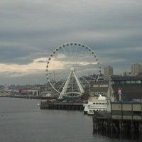 Das Foto wurde bei The Seattle Great Wheel von David H. am 10/18/2012 aufgenommen