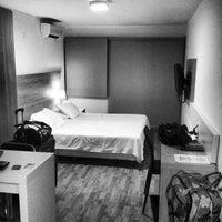 Photo prise au Massini Suites par Matt C. le2/10/2013