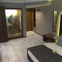 7/19/2015 tarihinde Maison Vourla Hotelziyaretçi tarafından Maison Vourla Hotel'de çekilen fotoğraf