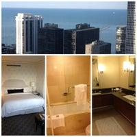 Снимок сделан в The Ritz-Carlton Chicago пользователем Sebastien M. 4/22/2013