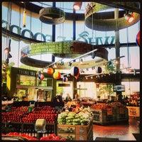 Das Foto wurde bei Whole Foods Market von Meagan B. am 5/29/2013 aufgenommen