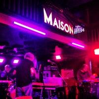 รูปภาพถ่ายที่ Maison โดย Lindsay O. เมื่อ 5/4/2013
