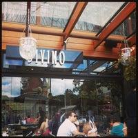 Foto tirada no(a) Restaurante Divino por Claudia P. em 3/30/2013