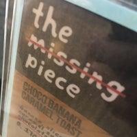 Foto scattata a The Missing Piece da Mone P. il 10/31/2016