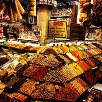 Das Foto wurde bei Mısır Çarşısı von Sergey K. am 4/24/2013 aufgenommen
