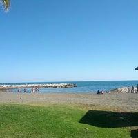Foto diambil di Paseo Marítimo El Pedregal oleh Daniel R. pada 5/1/2013