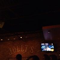 Das Foto wurde bei Jolly's American Beer Bar & Dueling Pianos von Funkylb B. am 10/17/2013 aufgenommen