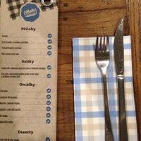 Das Foto wurde bei Dish – Fine Burger Bistro von Filip S. am 9/28/2013 aufgenommen