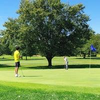 รูปภาพถ่ายที่ Cog Hill Golf And Country Club โดย Miho K. เมื่อ 9/15/2019