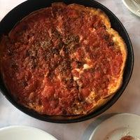 Foto scattata a Pizano's Pizza & Pasta da Randy M. il 8/13/2018