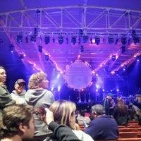 Foto tirada no(a) MECU Pavilion por Razz D. em 9/30/2012