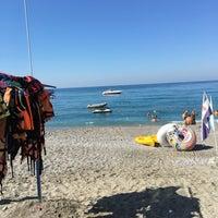 Photo prise au Club Paradiso Hotel & Resort (Beach) par Samet A. le9/9/2017