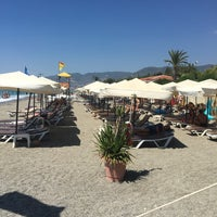 Photo prise au Club Paradiso Hotel & Resort (Beach) par Samet A. le9/7/2017
