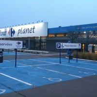 Снимок сделан в Carrefour hypermarché пользователем Vincent   วินเซ็นต์ V. 12/1/2012