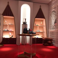 boutique louboutin barcelone