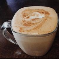 Снимок сделан в Makers & Finders Coffee пользователем Eric M. 12/6/2015