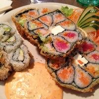รูปภาพถ่ายที่ Ru San's โดย Shelly G. เมื่อ 12/22/2012