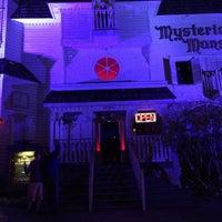 3/19/2015 tarihinde Doug G.ziyaretçi tarafından Mysterious Mansion'de çekilen fotoğraf