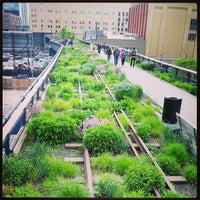 Das Foto wurde bei High Line von Jaena Rae am 5/15/2013 aufgenommen