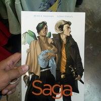 Foto scattata a Austin Books & Comics da Matthew V. il 1/19/2013