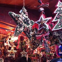 Foto tirada no(a) Weihnachtsmarkt Meran / Mercatino di Natale Merano por Andrea P. em 12/15/2012