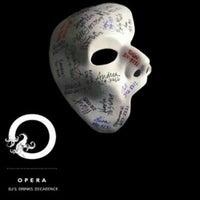 Foto scattata a Opera Nightclub da Opera Nightclub il 7/20/2013