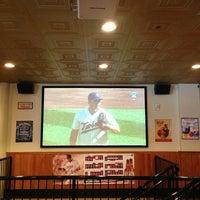 4/1/2013にAndy Z.がBrothers Bar & Grill MPLSで撮った写真