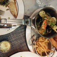 Photo prise au Colette Grand Café par Emilie W. le8/29/2014