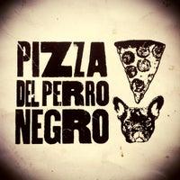 11/30/2012에 Carlos Z.님이 Pizza del Perro Negro에서 찍은 사진