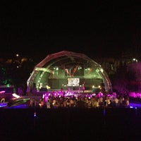 Foto tirada no(a) XLarge Club İstanbul por semih alper d. em 6/21/2013