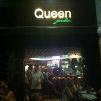 Foto tirada no(a) Queen Jardim por Solange Palma em 12/30/2012