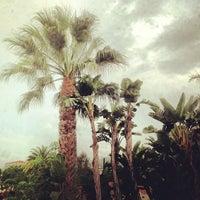 Foto tomada en Ramada Plaza West Hollywood Hotel and Suites por Jordan R. el 11/8/2012
