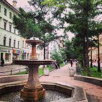 Снимок сделан в Андреевский бульвар пользователем Сюзанна ☀ С. 7/25/2013