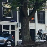 8/24/2016 tarihinde Vin C.ziyaretçi tarafından Reguliersgracht'de çekilen fotoğraf