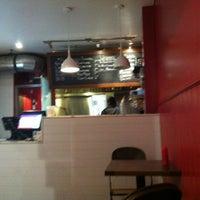 11/15/2012にAgnes L.がBurger Shoppeで撮った写真
