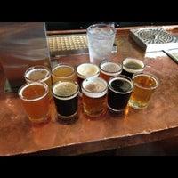 6/11/2013 tarihinde Sean T.ziyaretçi tarafından Arbor Brewing Company'de çekilen fotoğraf