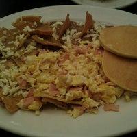 Foto tomada en La Casa de los Abuelos por Kndy C. el 11/17/2012