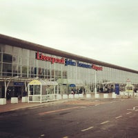Foto tirada no(a) Liverpool John Lennon Airport (LPL) por Ilseop H. em 12/10/2012