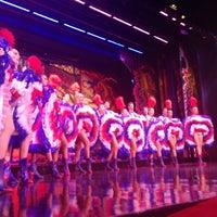 Das Foto wurde bei Moulin Rouge von Mhmtali am 5/28/2013 aufgenommen